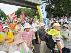 7.16さよなら原発集会に17万人が!! 茨城民医連から48人が参加02